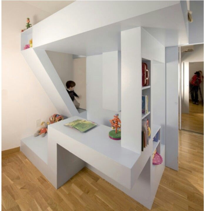 Awesome bed/desk/hidden reading corner Creative kids