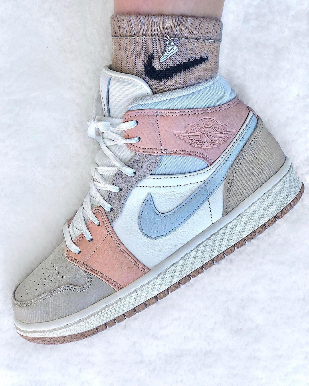 Jordan 1 Mid Milan Was Denkst Du Jordan Shoes Girls Nike Air Shoes Girls Shoes