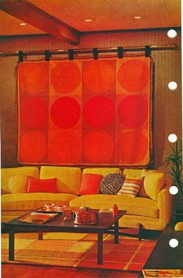 Analogous Room The Red Orange And Yellow Hues In This Room Make