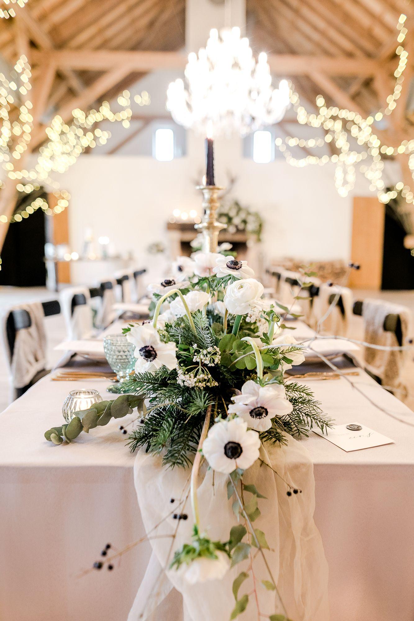 Heiraten Im Winter Ideen Fur Eine Romantische Winterhochzeit In 2020 Tischdekoration Hochzeit Winterhochzeit Hochzeit