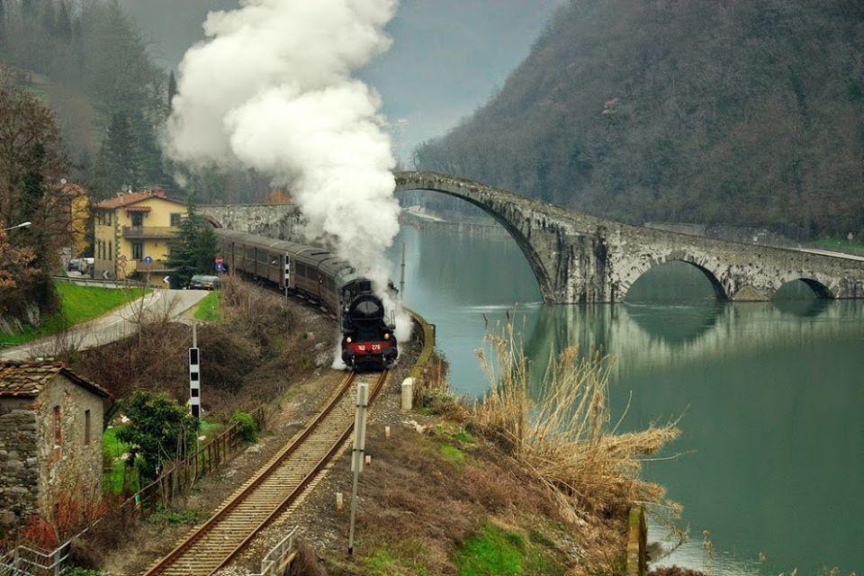 railroad-girl-in-germany — Devil's bridge in Borgo a Mozzano