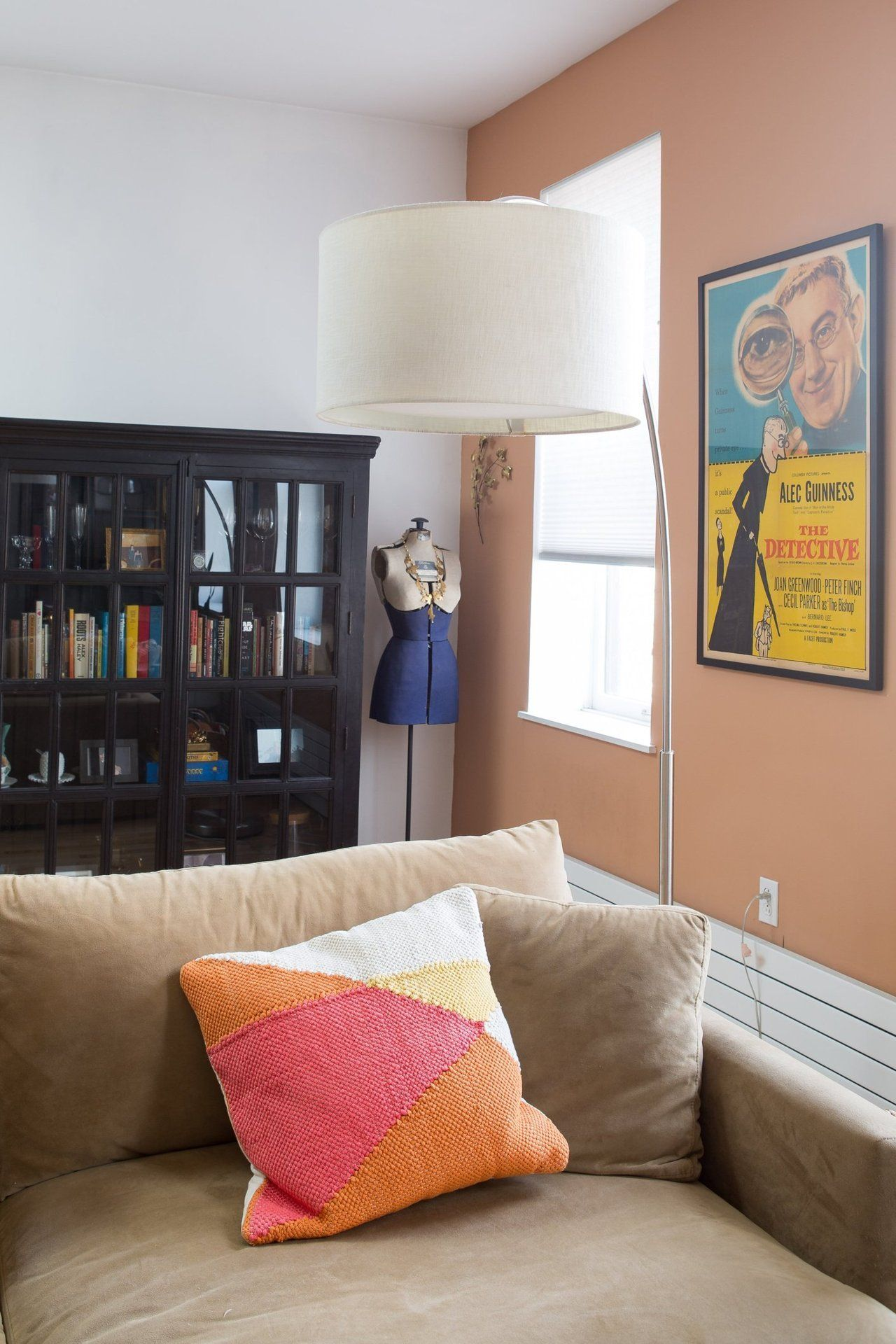 Gary & Chelsey's Musical & Mod Apartment in Queens