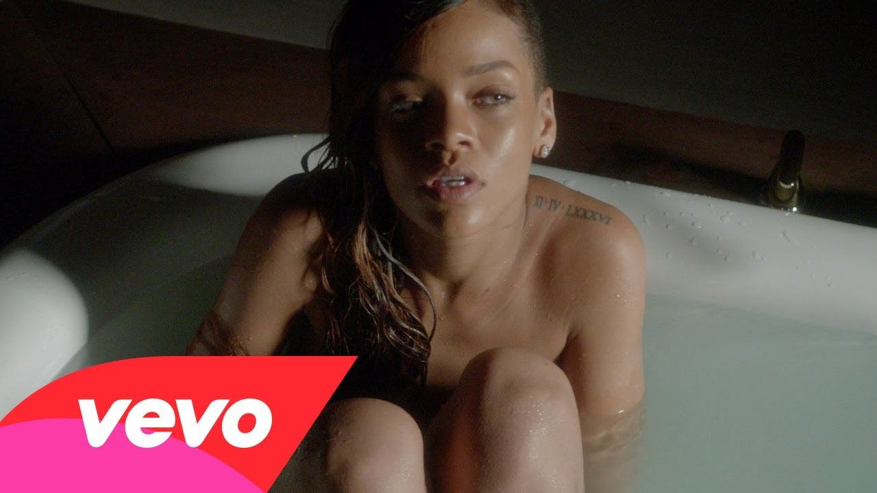 B Pelo Blanco Videos Porno have a #look at this #hot #music #video#rihanna