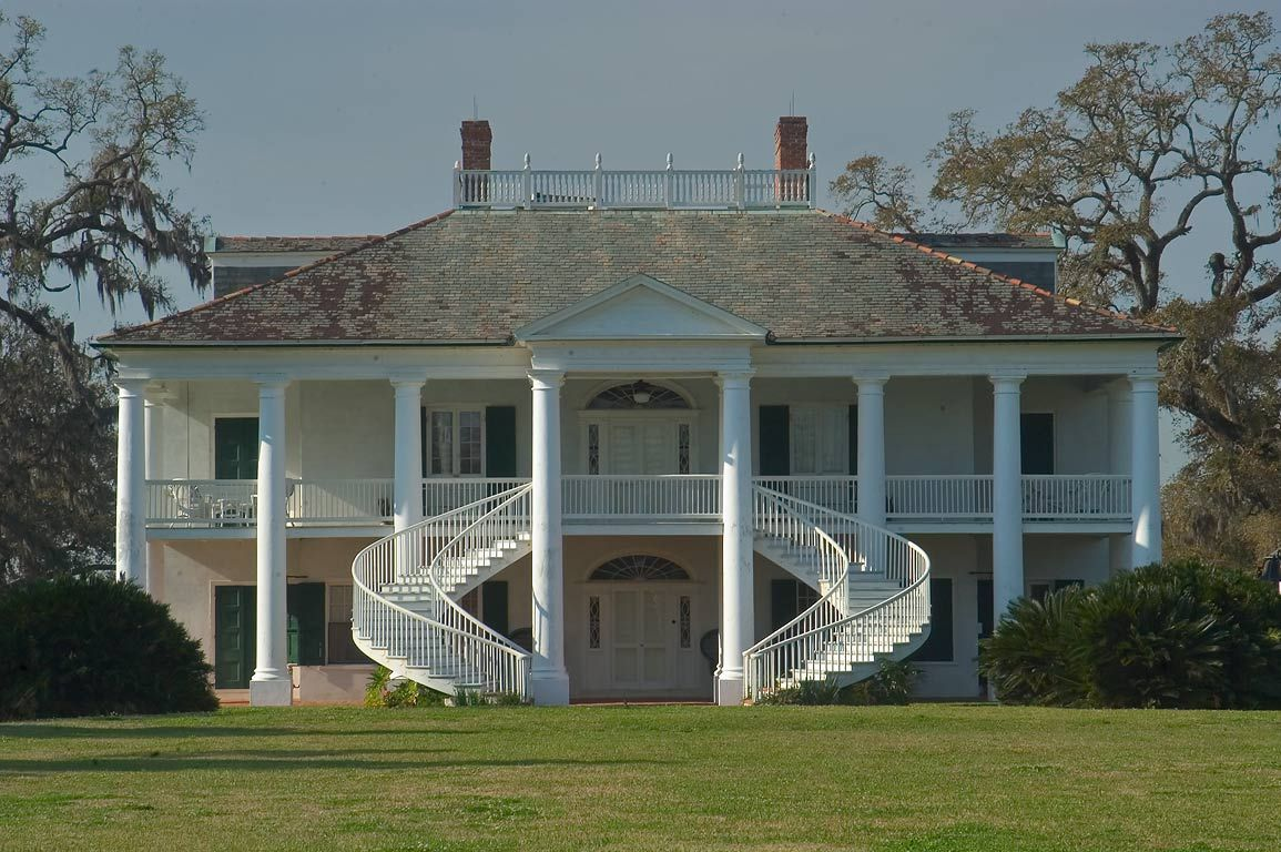Evergreen plantation house near wallace louisiana built Antebellum plantations for sale