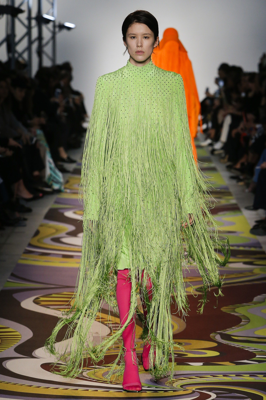 0cfd2367f1af1 Emilio Pucci Fall 2017 Ready-to-Wear Fashion Show   PRET-A-PORTER A ...
