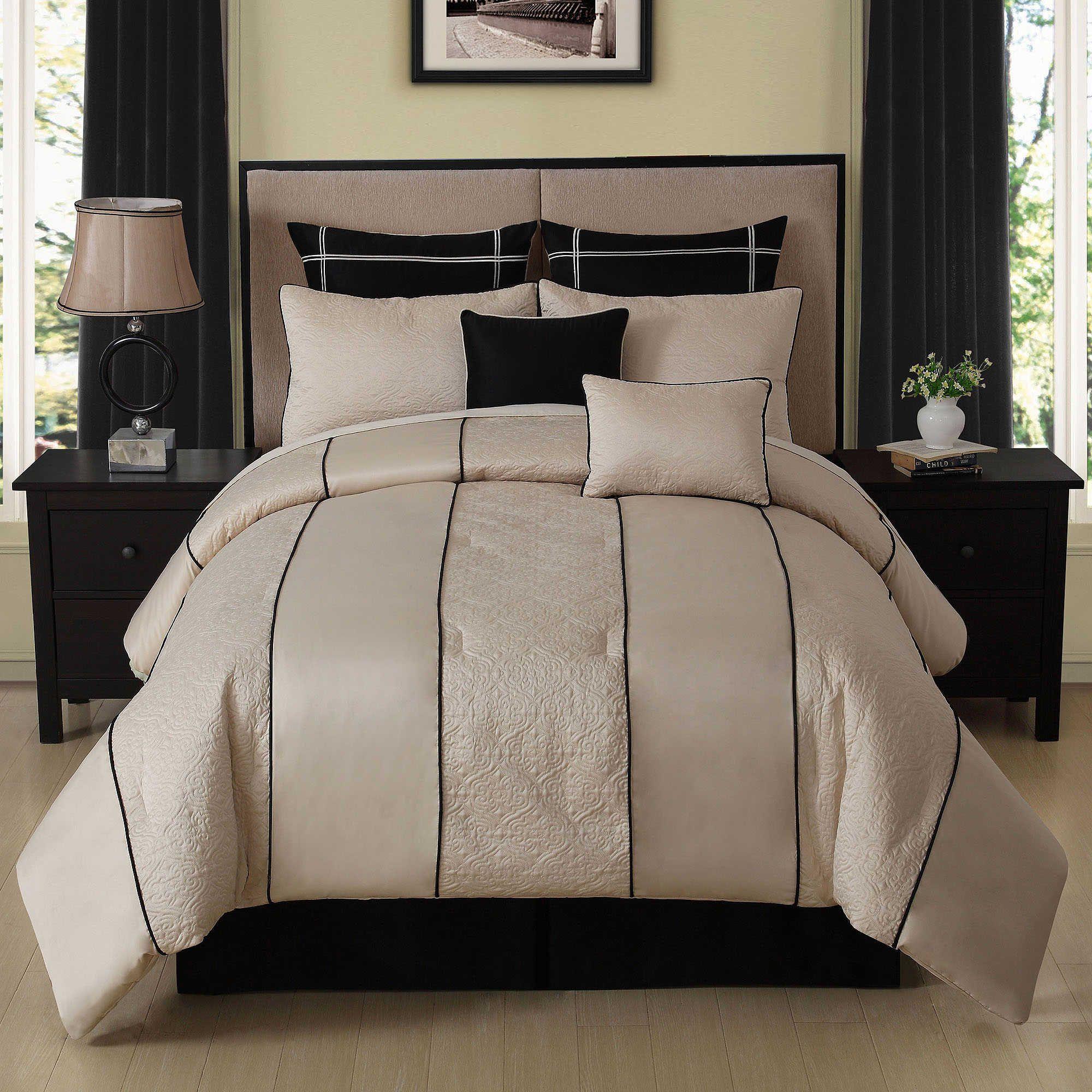 Cecelia 8Piece Comforter Set in Ivory/Black Comforter