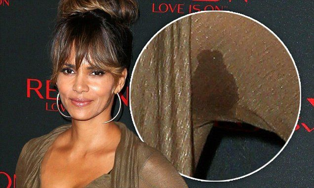 Halle Berry attends Revlon bash with sweaty armpits | Halle berry ...