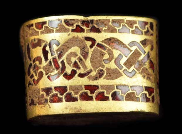 Resultado de imagen para tesoro de Staffordshire