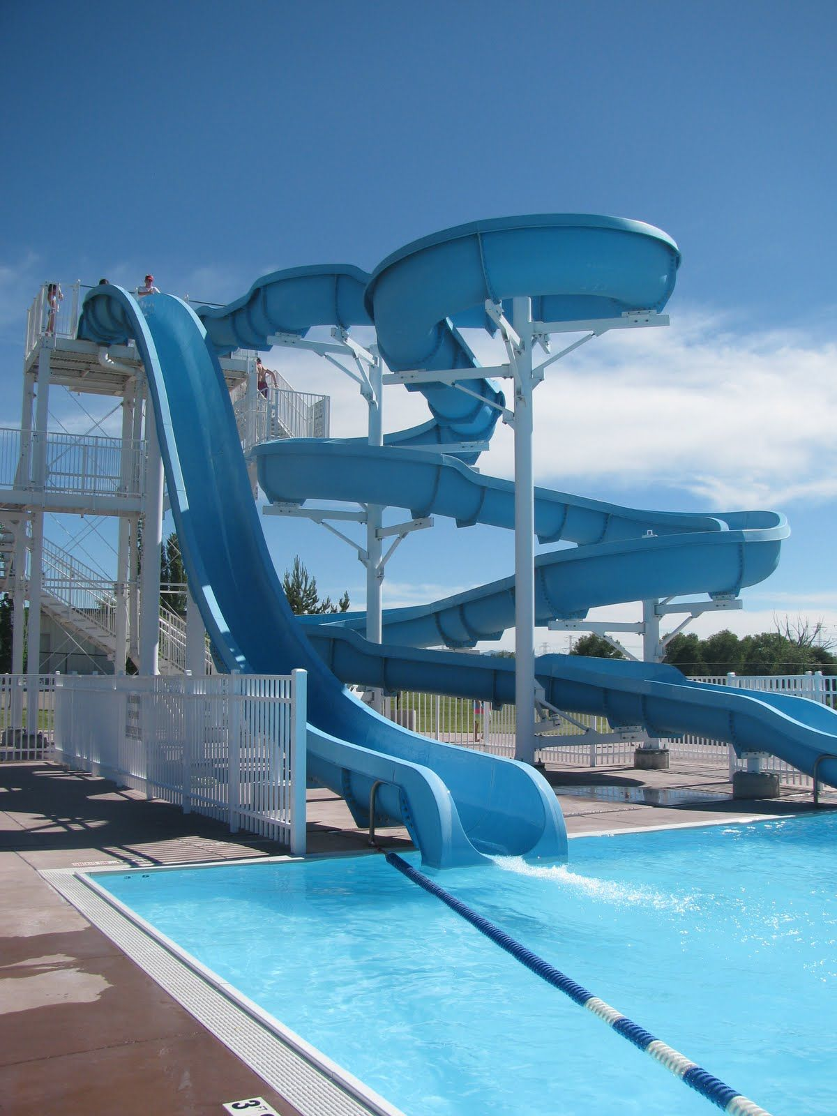 High pool slide home pinterest swimming pools pool accessories and cool pools for Local swimming pools with slides
