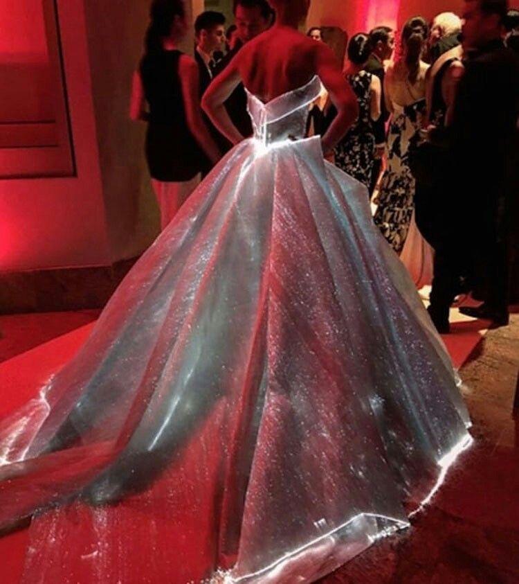 Vestidos de novia fibra óptica | adornos navideños | Pinterest ...