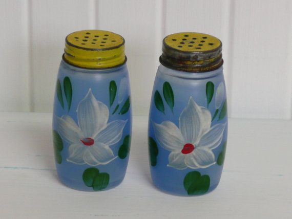 1940s Blue Gl Salt And Pepper Shakers With By Newlifevintagervs 12 00
