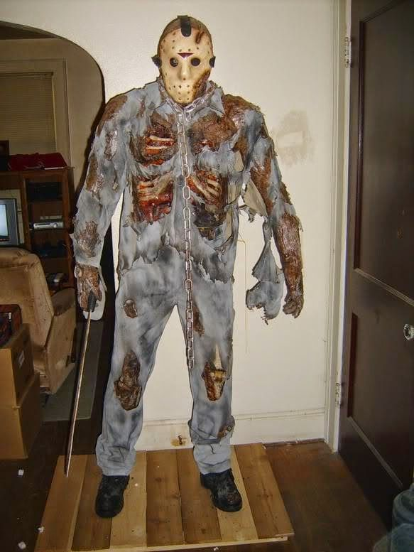 horror film costumes for halloween