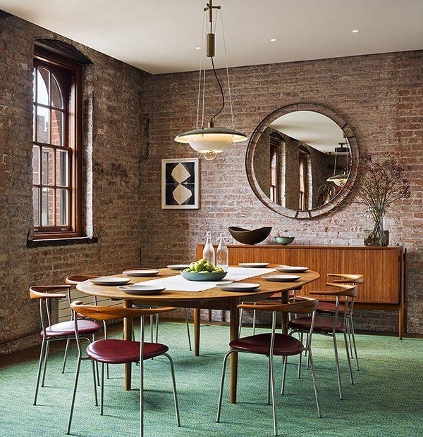 Un miroir dans le salon - les 3 tendances à suivre Industrial