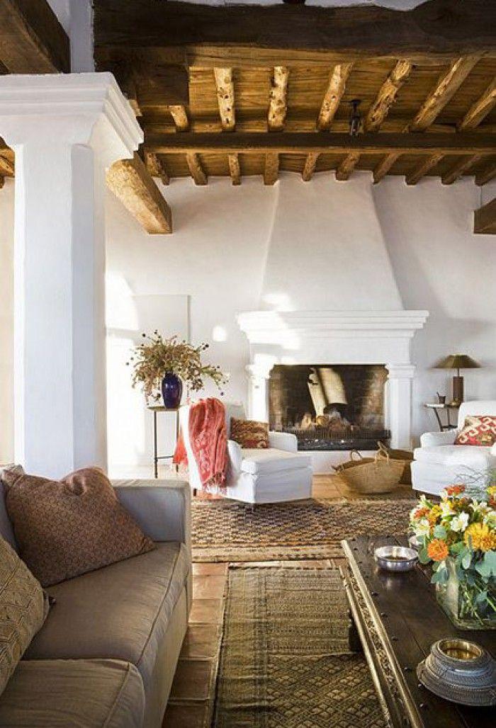 Lieblich Wunderschöner Kamin. Dieses Wohnzimmer Ist Zum Träumen Gemütlich