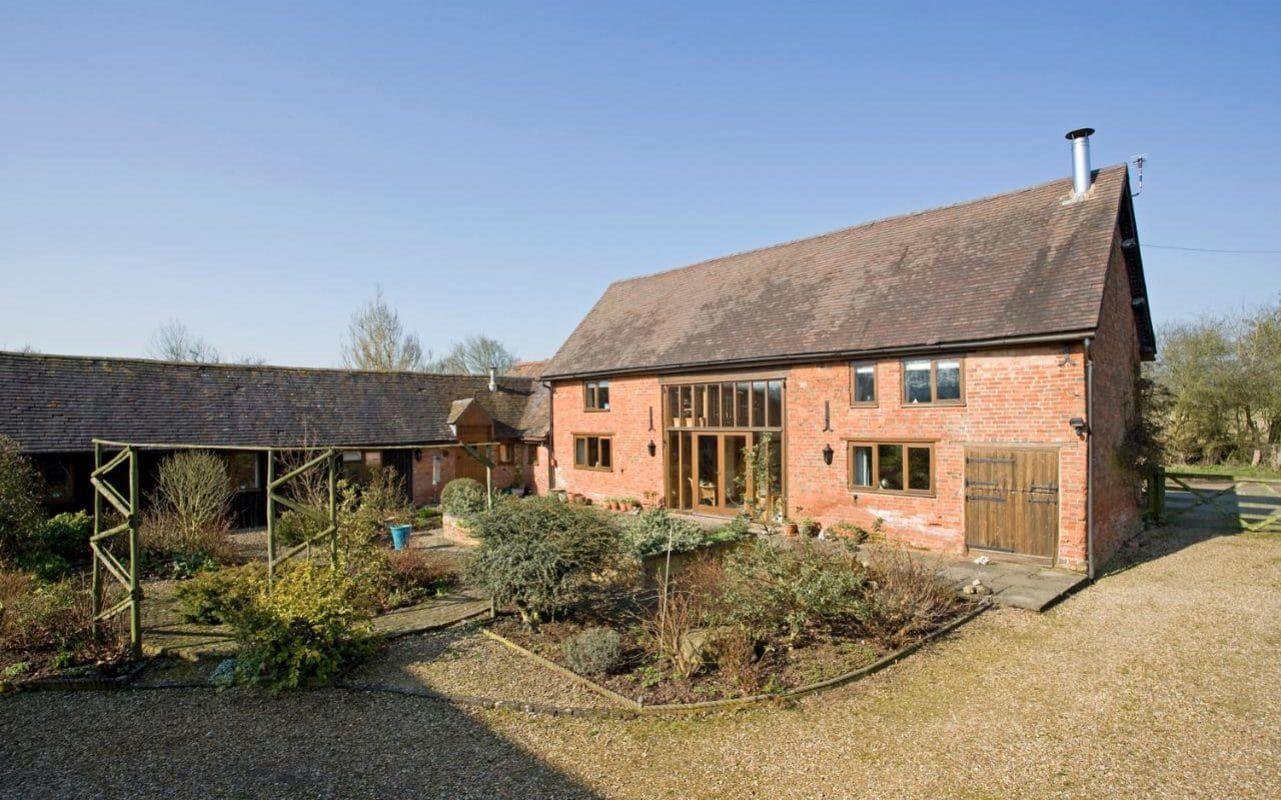 2017494 Barn Conversion In Beausalewarwickshire Xlarge