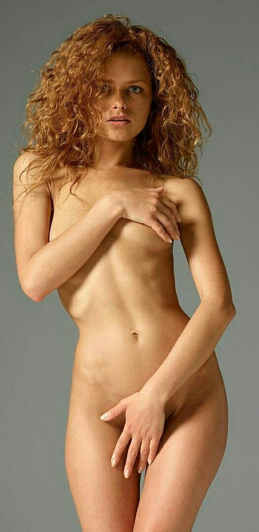 Doctors see nude girls