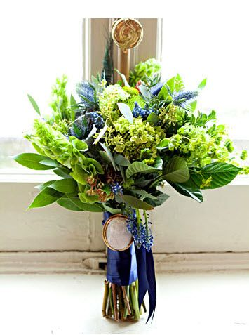 green and blue wedding bouquets with artichoke | Great idea for a ...