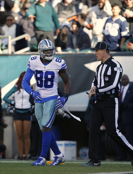 Dez Bryant Photos Photos: Dallas Cowboys v Philadelphia Eagles #dezbryantjersey Dez Bryant Photos Photos - Dez Bryant #88 of the Dallas Cowboys reacts to a pass interference penalty called against the Philadelphia Eagles during the first quarter of a game at Lincoln Financial Field on January 1, 2017 in Philadelphia, Pennsylvania. - Dallas Cowboys v Philadelphia Eagles #dezbryantjersey Dez Bryant Photos Photos: Dallas Cowboys v Philadelphia Eagles #dezbryantjersey Dez Bryant Photos Photos - Dez #dezbryant