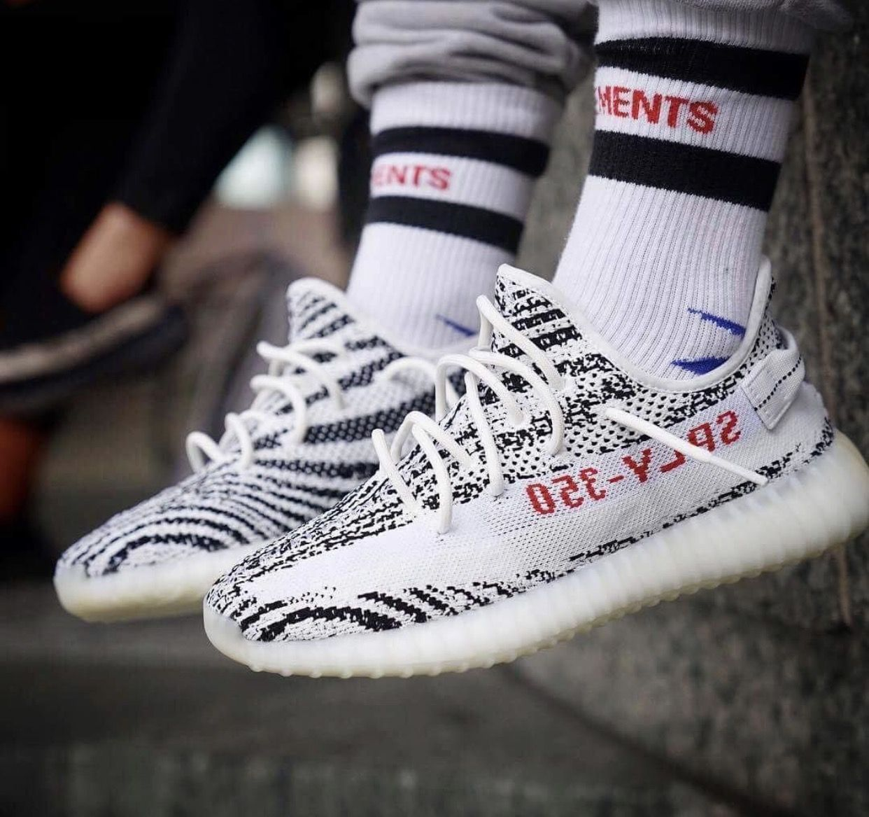wavemaster adidas shoes yeezy zebras 350v2 socks 568081