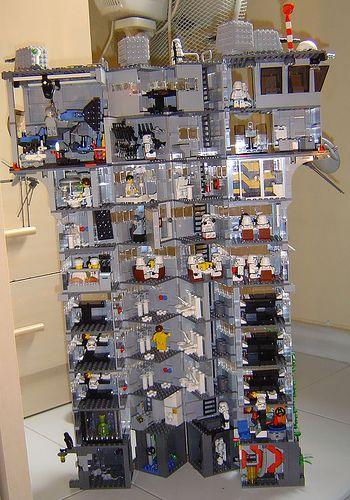 How fun to build!!! Lego custom build minifigure base