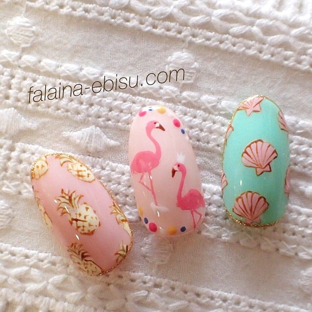 Japanese nails with very cute patterns - flamingo and shells | unhas ...