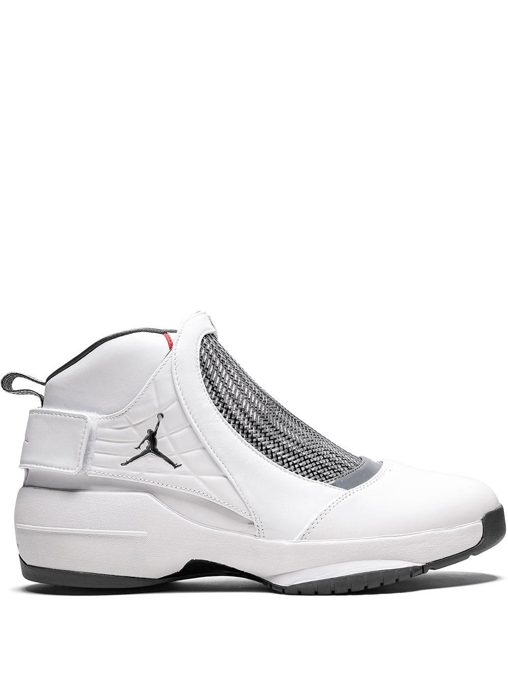 Jordan 19 Retro Sneakers In White