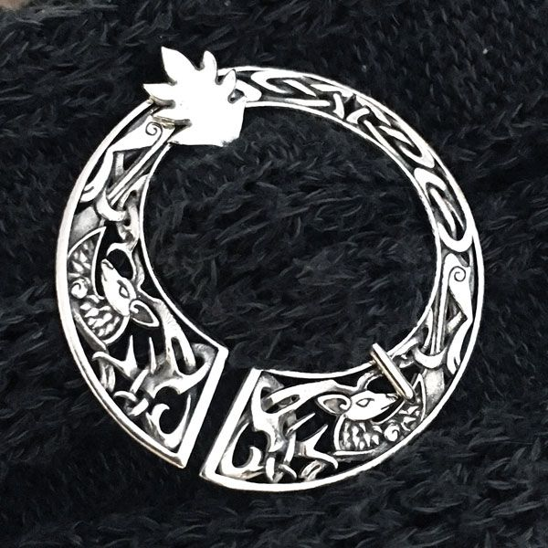 RockLove Jewelry Announces the Fraser Stag Brooch Inspired by Outlander - Press Release - Digital Journal