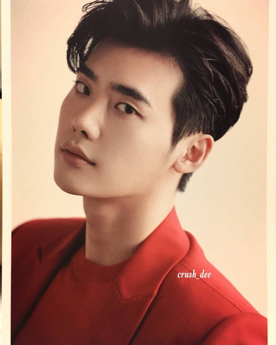 LEE JONG SUK [DREAM WITH US] EXHIBITION & BAZAAR PHOTO-POSTCARDS Credit as tagged | Atores coreanos