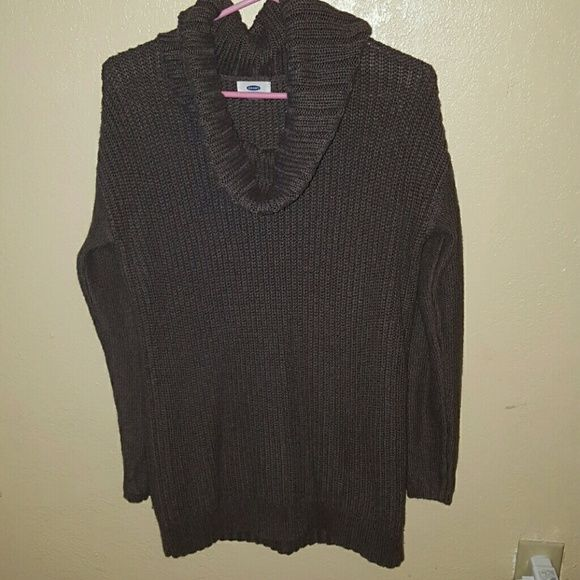 Turtle neck sweater Very cute turtle neck sweater. Loose fit. Comfy. Old Navy Tops Sweatshirts & Hoodies