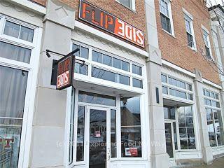 Front Entrance To Flip Side In Hudson Ohio Hudson Family Restaurants Ohio