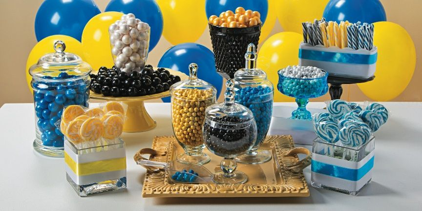 good Graduation Candy Table Part - 4: Graduation Party Candy Buffet | A sweet idea for your graduation party!  Make your own candy buffet in school colors. #graduation #party