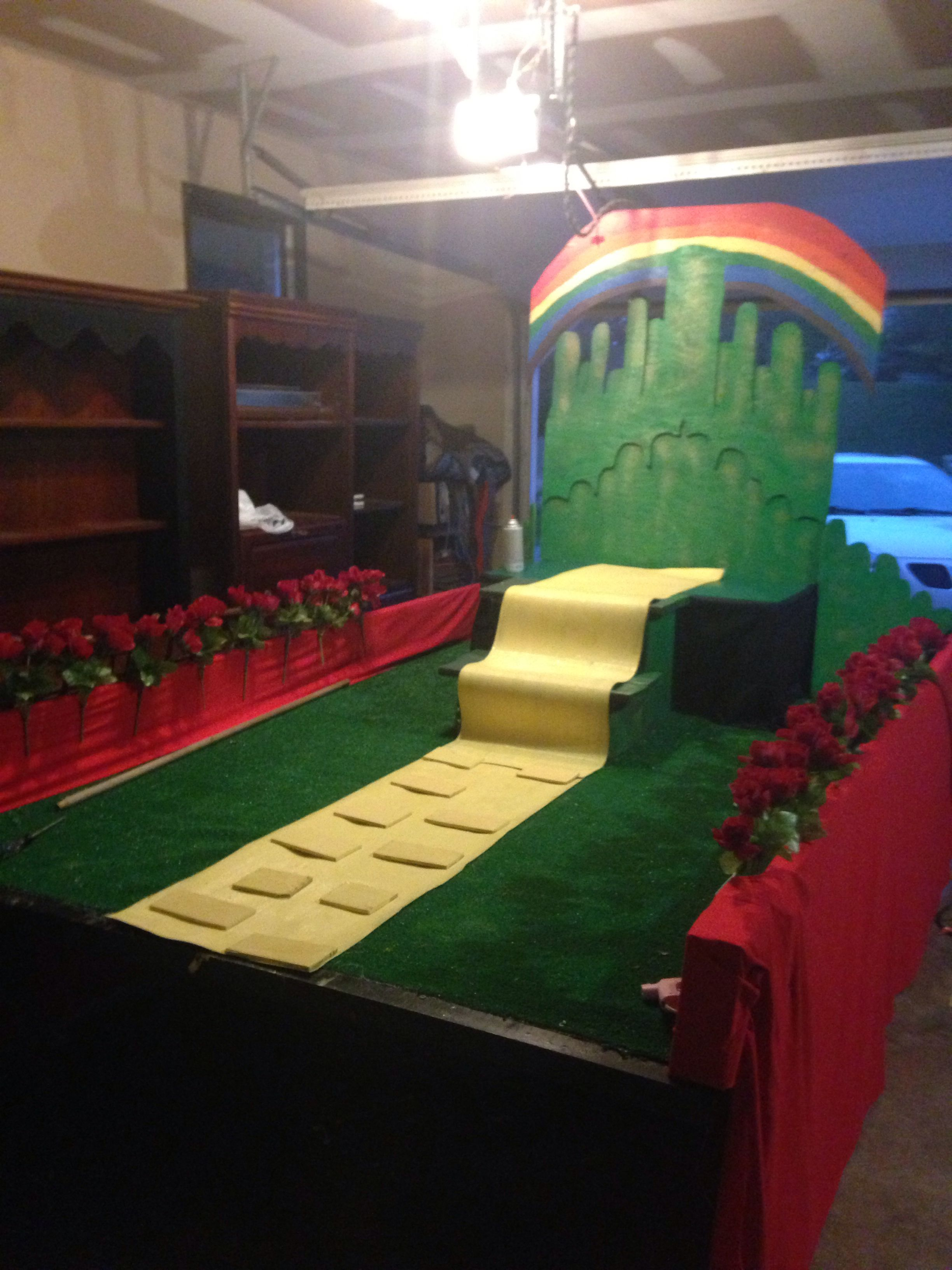 Wizard of oz float | Wizard of oz | Pinterest | Homecoming ...