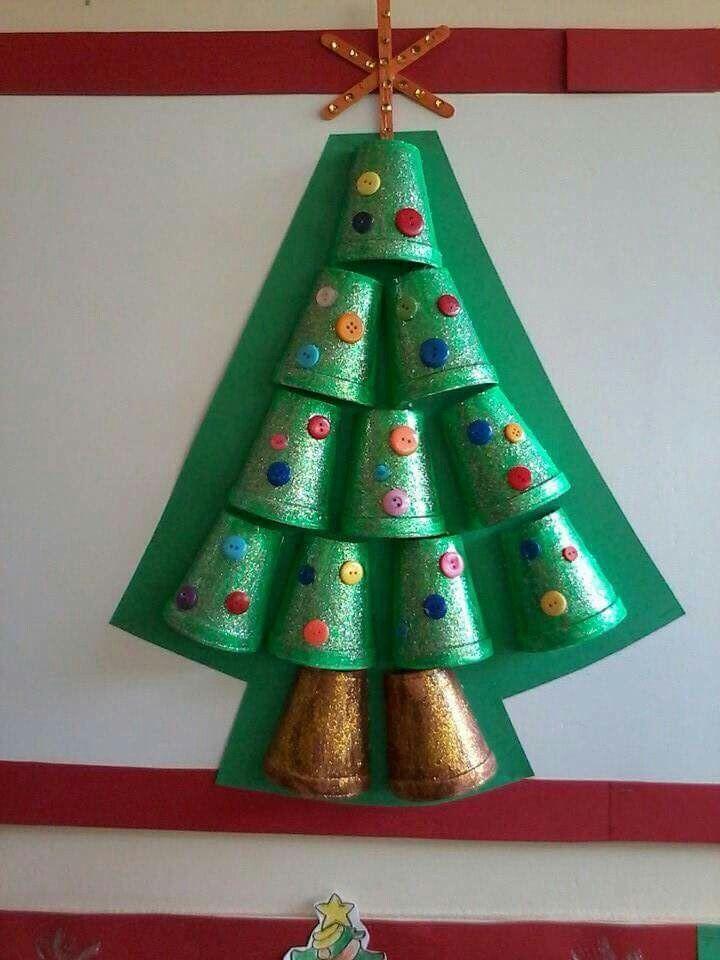 Material reciclable happy holidays pinterest for Manualidades navidenas preescolar