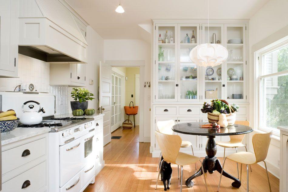 Jessica Helgerson Interior Design kitchen.