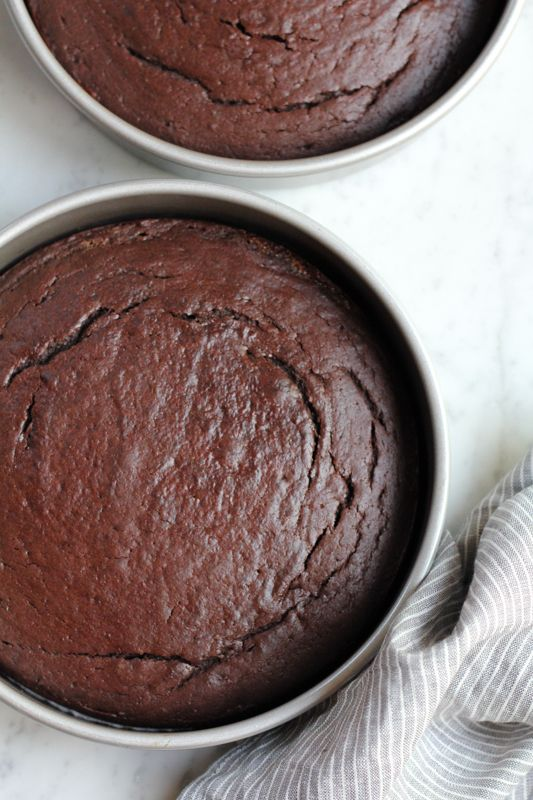 Sour Cream Chocolate Cake Hip Foodie Mom Recipe Sour Cream Chocolate Cake Tasty Chocolate Cake Crockpot Chocolate Cake