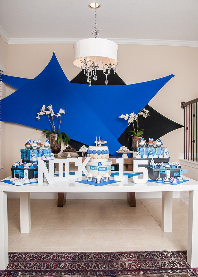 15th Birthday Blue And White Www Bloomingtable Com 15th Birthday Gift Ideas 15th Birthday Party Ideas Birthday Party For Teens