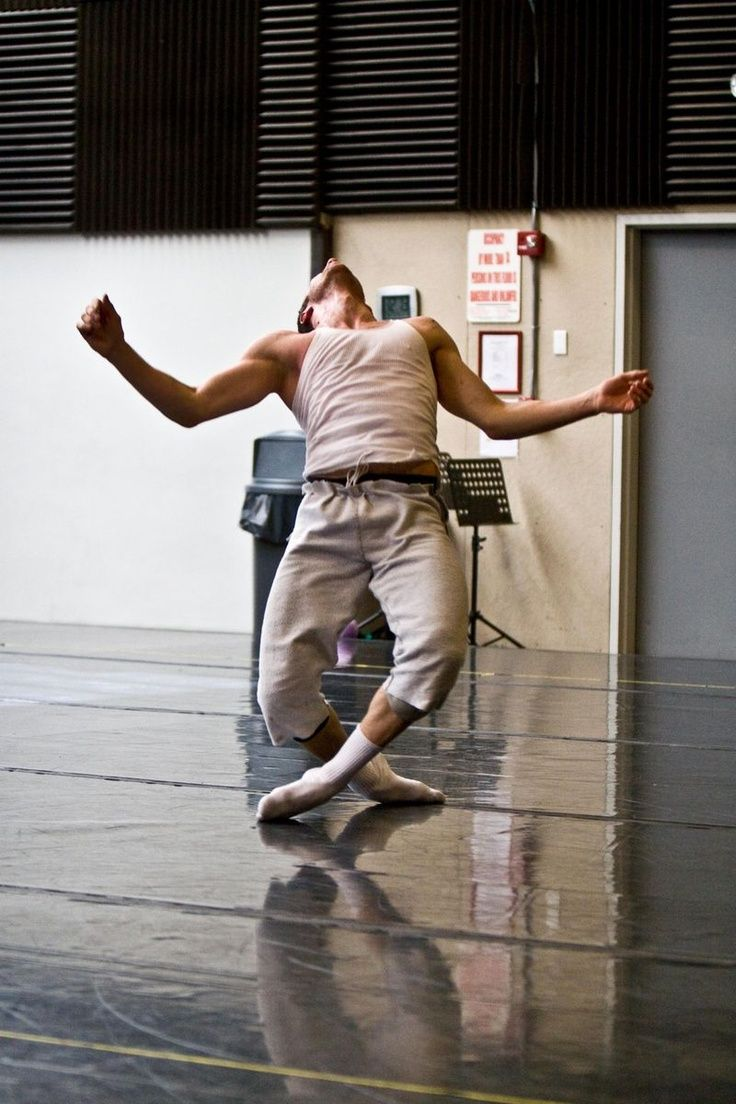 Pin By Frank C On Dancer Male Dancer Contemporary Dance Dance Pictures