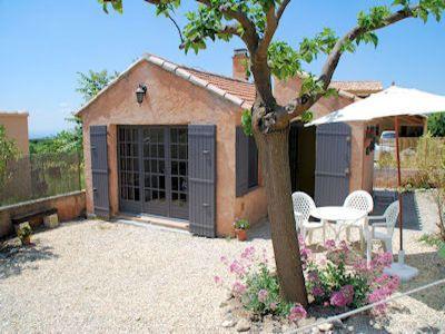 Ferienhaus in Bédoin, Provence-Côte d'Azur - Haus und Terrasse