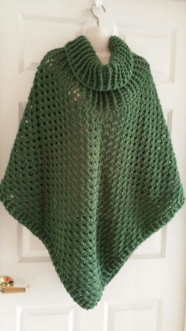 Free Crochet Patterns For Cowl Neck Poncho : poncho ai ferri, poncho a maglia, coprispalle ai ferri ...