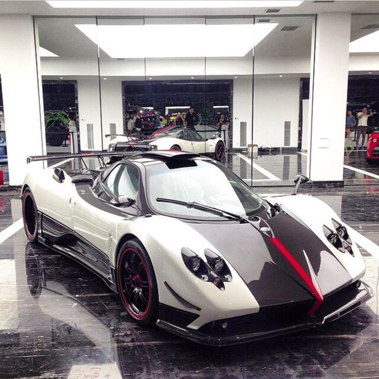 Pagani Zonda Summer Tires Online >> Bentley Mulsanne The Limousine Supercar Pagani Zonda Racing