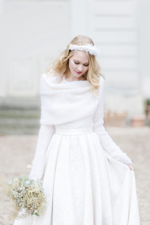 Bridal look invernale L inverno ci ha ispirato un look romantico e brioso.  Il f2a617291236