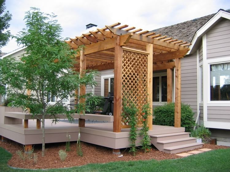 fabriquer une pergola instructions et mod les inspirants terrasse composite pergola en bois. Black Bedroom Furniture Sets. Home Design Ideas
