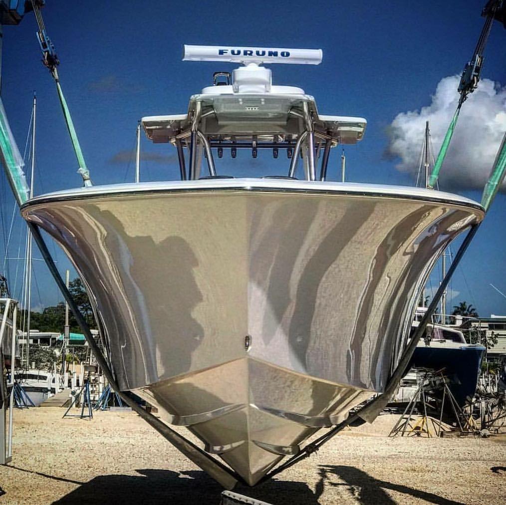Sea Hunter bow flare Center console fishing boats
