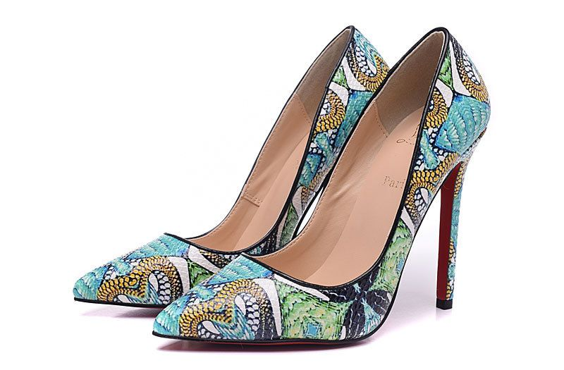 98a6aabdd51 Christian Louboutin Green serpentine pointed pumps | Fashion trends ...