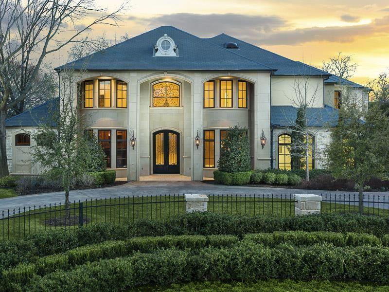 Merveilleux 25 Luxury Home Exterior Designs 17