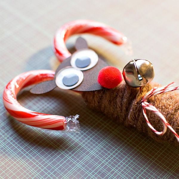 super easy candy cane reindeer