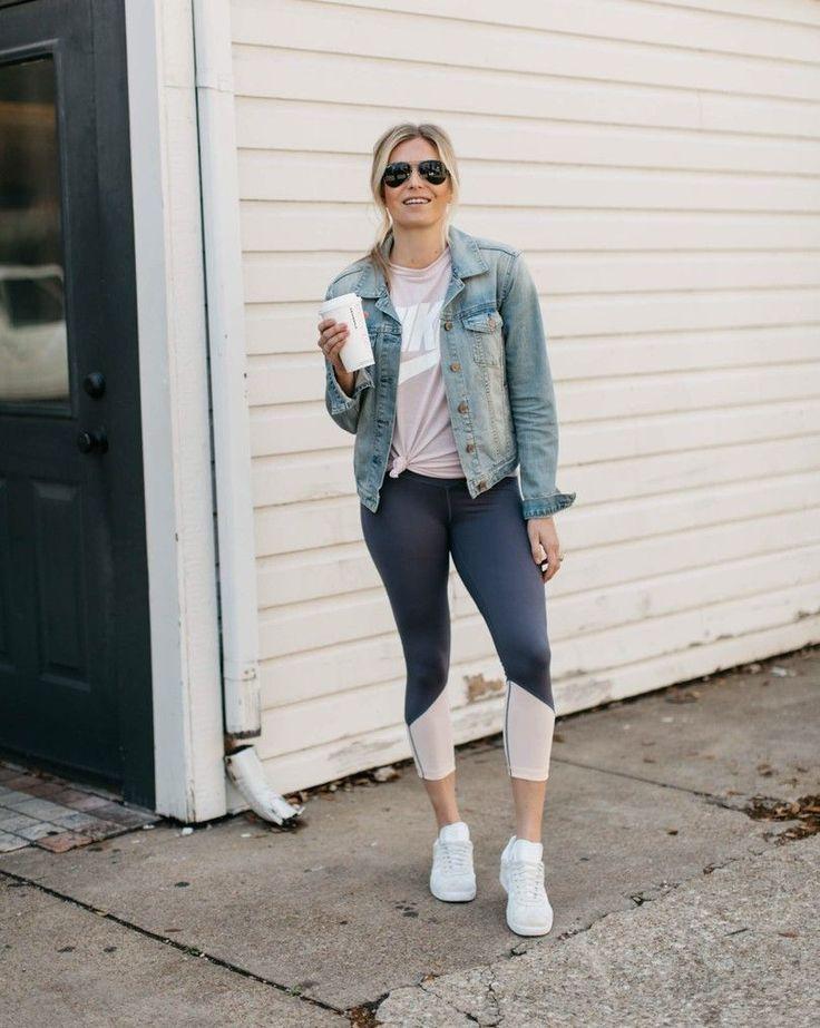 Athleisure Fashion Blogger