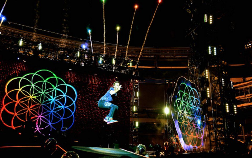 Twitter Coldplay Tour Coldplay Cool Bands