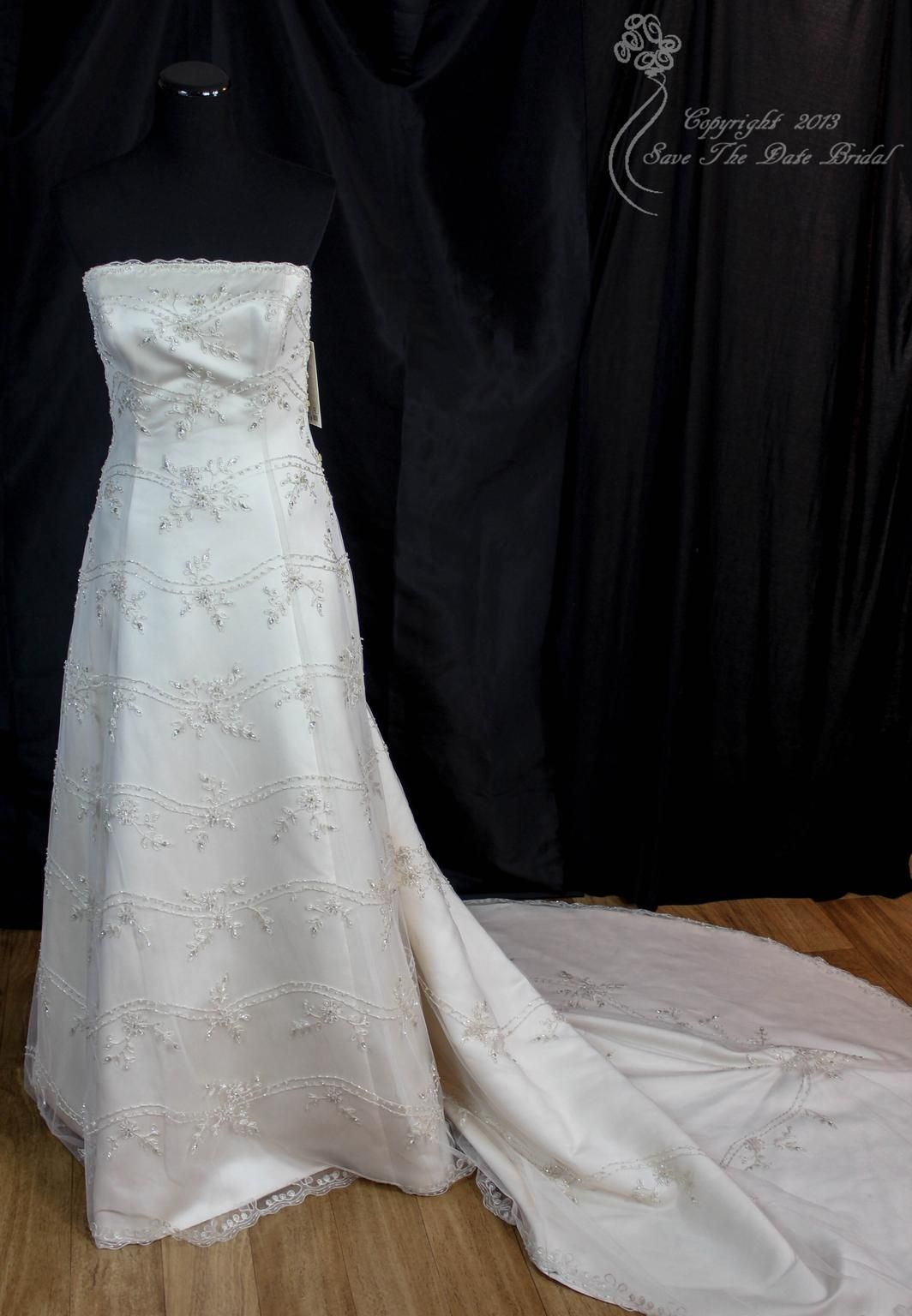 New wedding dress  Anjolique Straps  Size   New UnAltered Wedding Dresses
