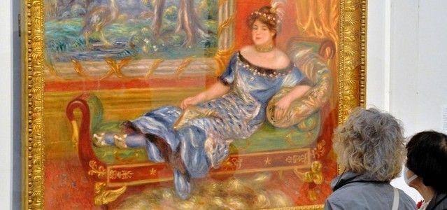 ルノワールの「ド・ガレア夫人の肖像」は国内でほとんど公開されたことがない大作だという。
